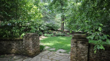 Patios, Walkways<br />Retaining Walls